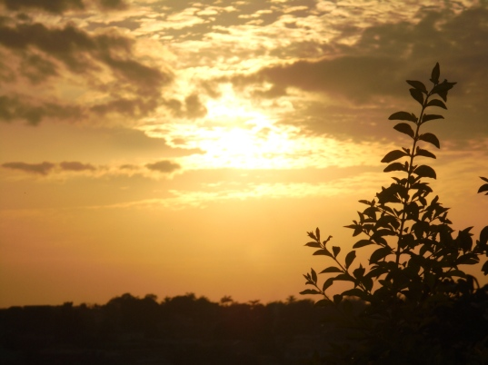 2016-9-26-ghanian-sunset
