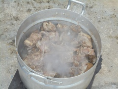2016-9-5-goat-cooking-in-the-pot