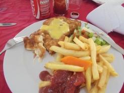 2016-10-31-american-food-in-ghana